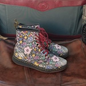 Doc Marten Dr Martens Boots Flowers Size 9 Womens